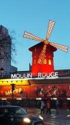 Hey there, Moulin Rouge